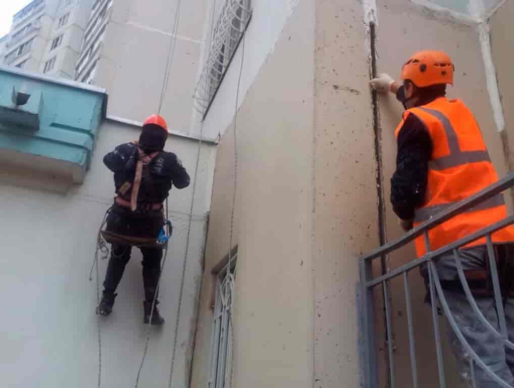 Как избавиться от плесени на стенах в углах